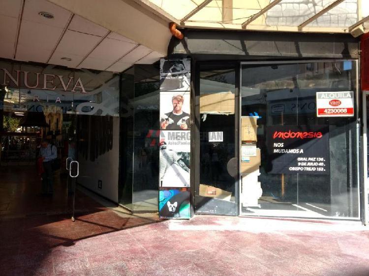 Local comercial en peatonal 9 de julio / centro 70 m2