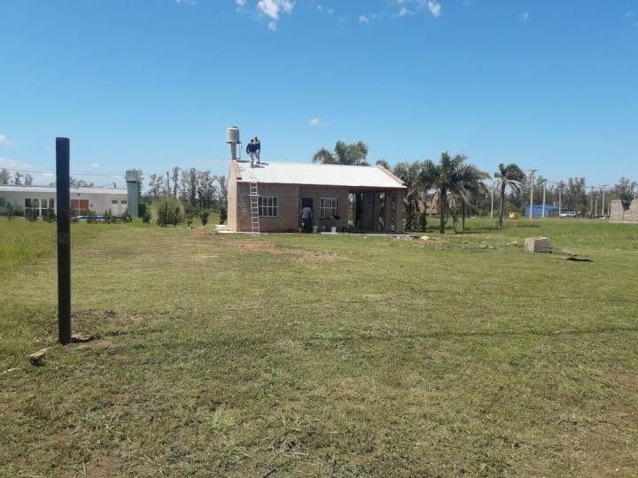Oliveros:barrio cerrado solares norte del carcarana,casa 2