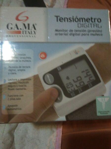 Vendo tensiómetro digital de muñeca gama italy