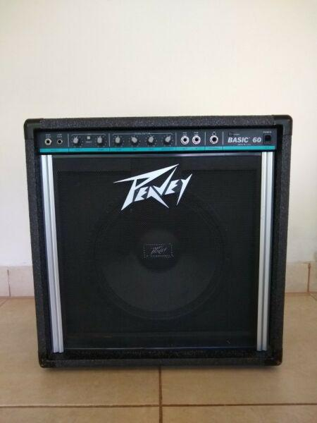 Amplificador de bajo peavey basic 60 made in usa