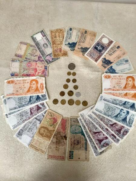 Vendo colección billetes / monedas antiguos ($500)(whatsapp