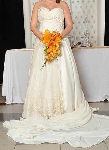 Vestido de novia o 15 años usado