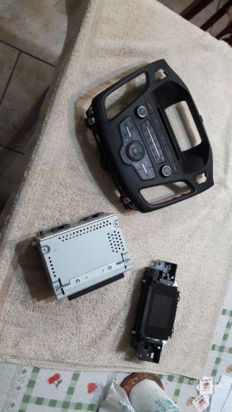 Módulo sync con pantalla central para ford focus ii