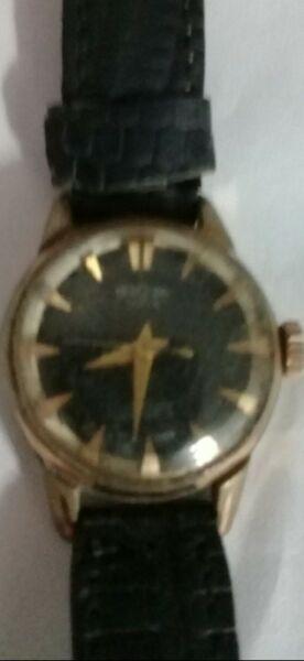 Reloj pulsera cuerda