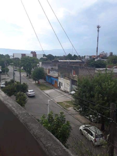 Alq 1 dor $ 6.000 c/ balcon lamadrid 1.700