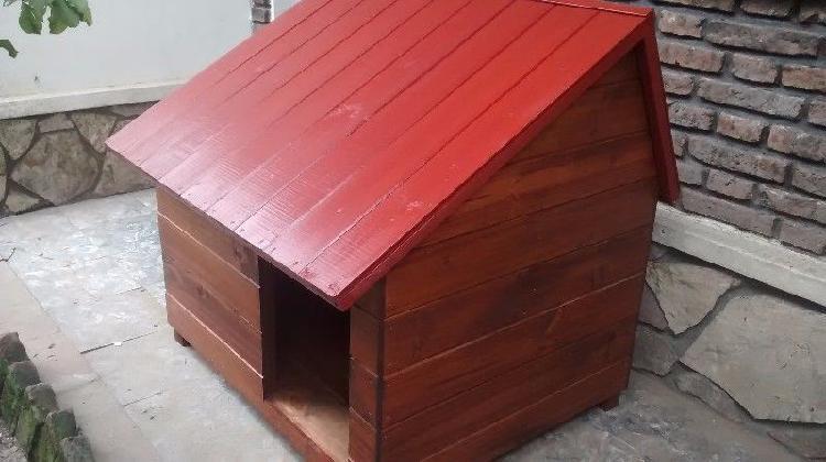 Cuchas de madera (tamaño grande / techo a dos agua)