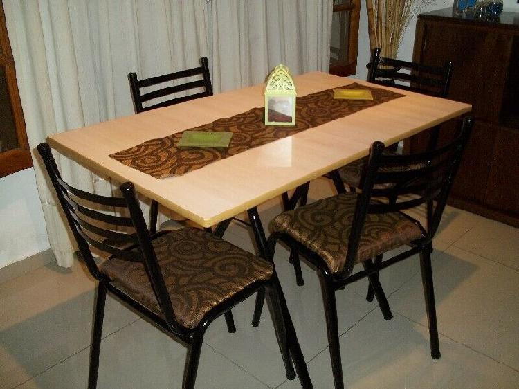 Juego de cocina comedor 4 sillas !! Flete gratis !! ♥