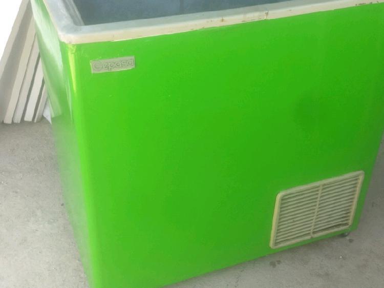 Vendo freezer usado