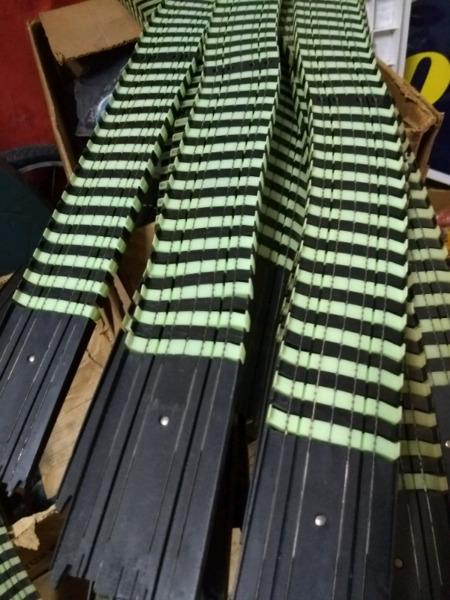 Tramos de pistas de carrera - tyco - hong kong okm - 95cms