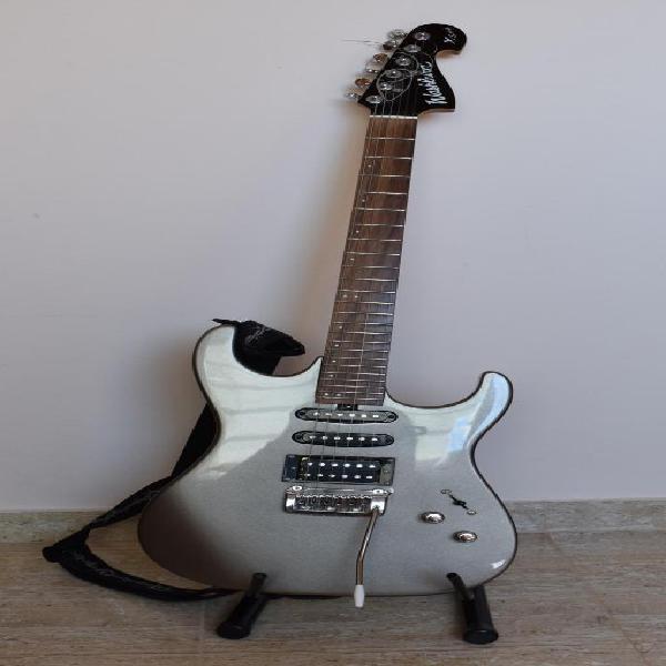Guitarra eléctrica washburn