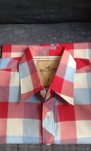 Hollister originales últimas dos liquido!! 2 camisas x