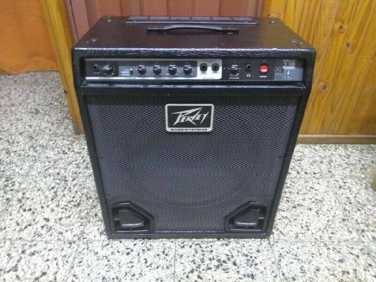 Amplificador de bajo peavey max 115,100 watts exelente