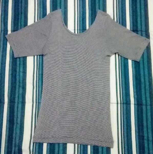 Remera mujer gris