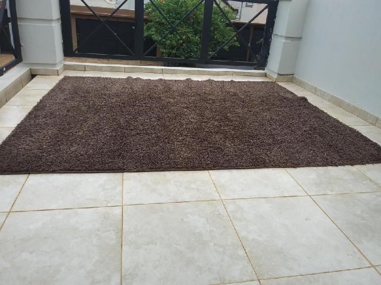 Hermosa alfombra livingcomedor dormitorio