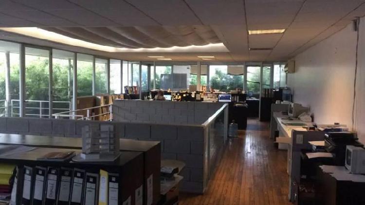 Oficina/Casa Apto profesional en Martinez a una cuadra de