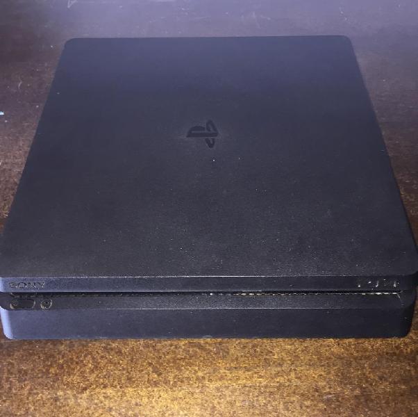 Ps4 slim 500 gb joystick 2 juegos