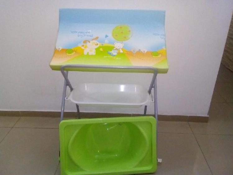 Catre de baño plegable cambiador bañera bebe