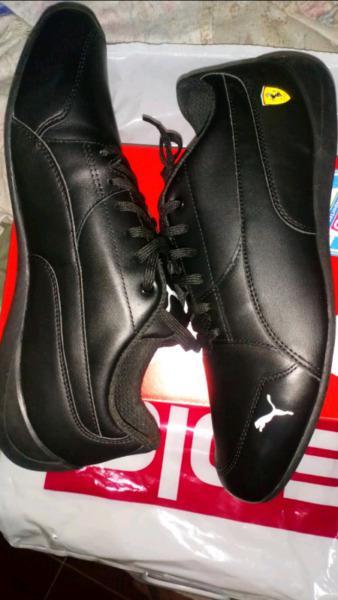 Vendo zapatilla nueva talla 42 original zapatillas urbanas