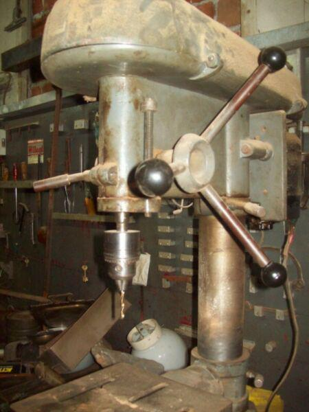 Taladro de banco motor monofasico