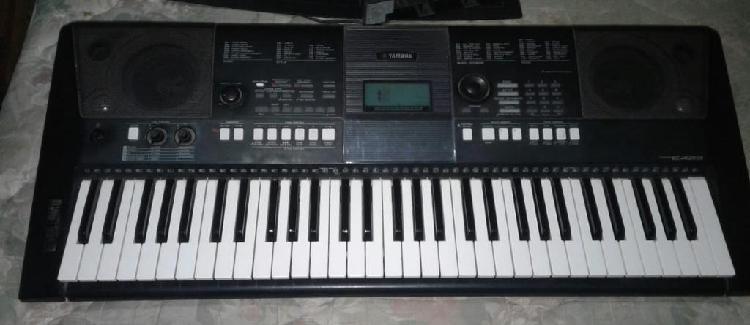 Clases teclado x musica para toda edad
