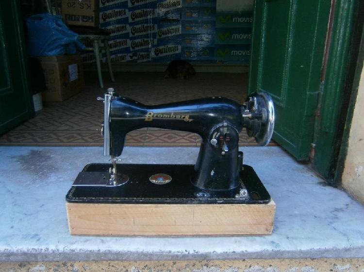 Maquina de coser bromberg