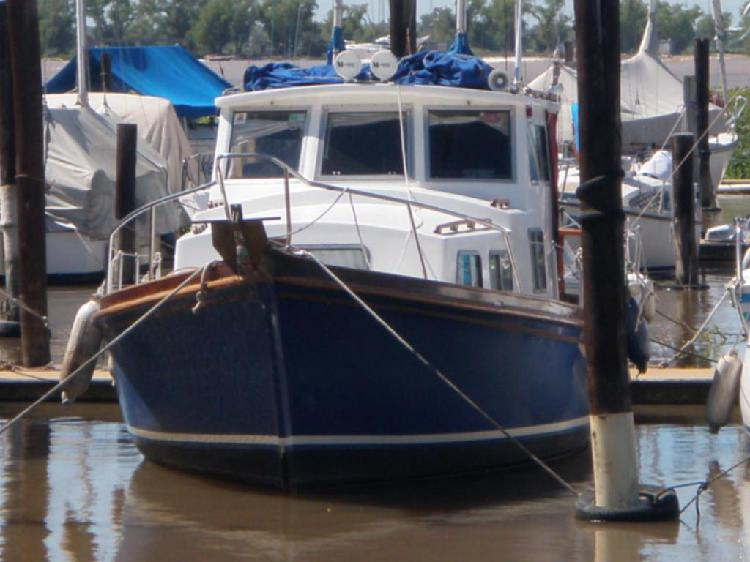 Crucero grandjean motor indenor 4 diesel promomar