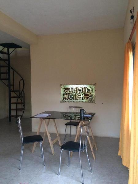 Venta duplex y galpón lomas de alberdi ramos mejia al 4000