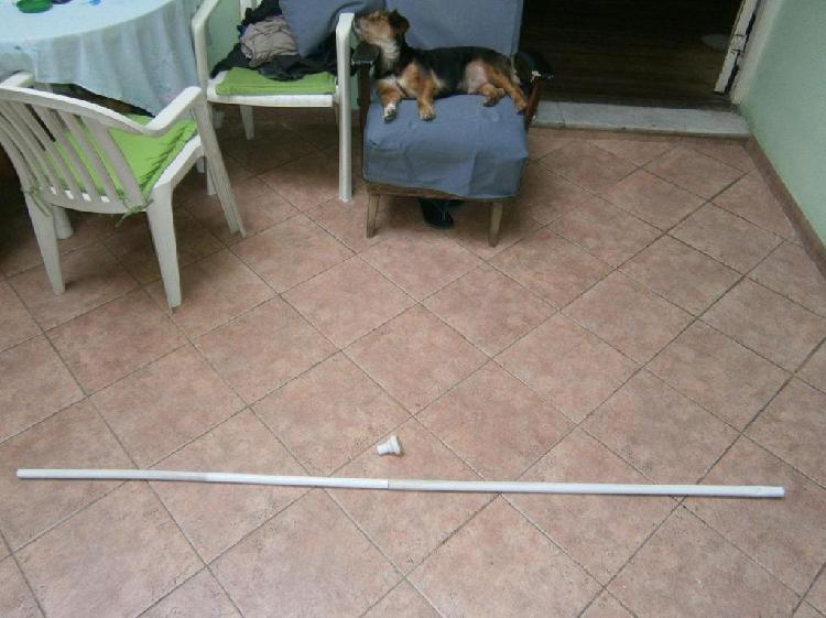 Barral metalico para cortina de baño, abre hasta 2 metros