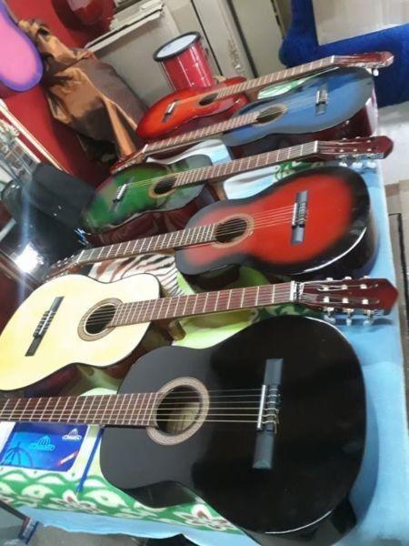 Guitarras clásicas y con corte.. nuevas c/ funda.2613474270
