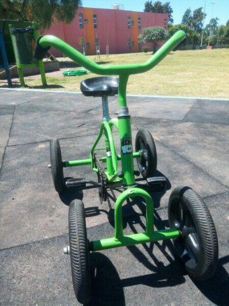 Vendo bicicleta para niños mantiene el equilibrio con envio