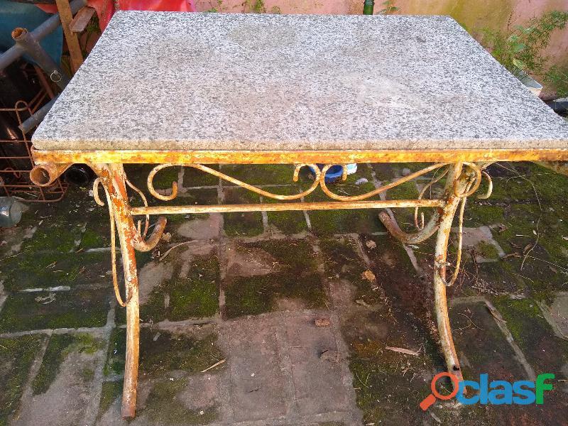 Mesa jardin de cano 50x70x60 oxidada para pintar