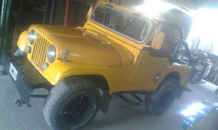 Jeep ika corto motor taunus 2.3 y caja de 4ta 1956 juan