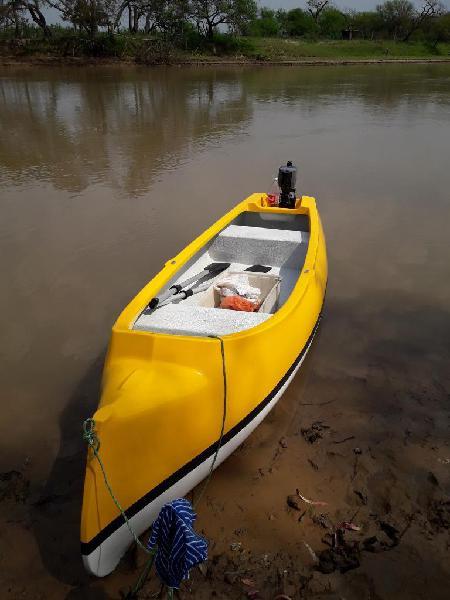 Vendo canobote con motor yamaha 2 hp