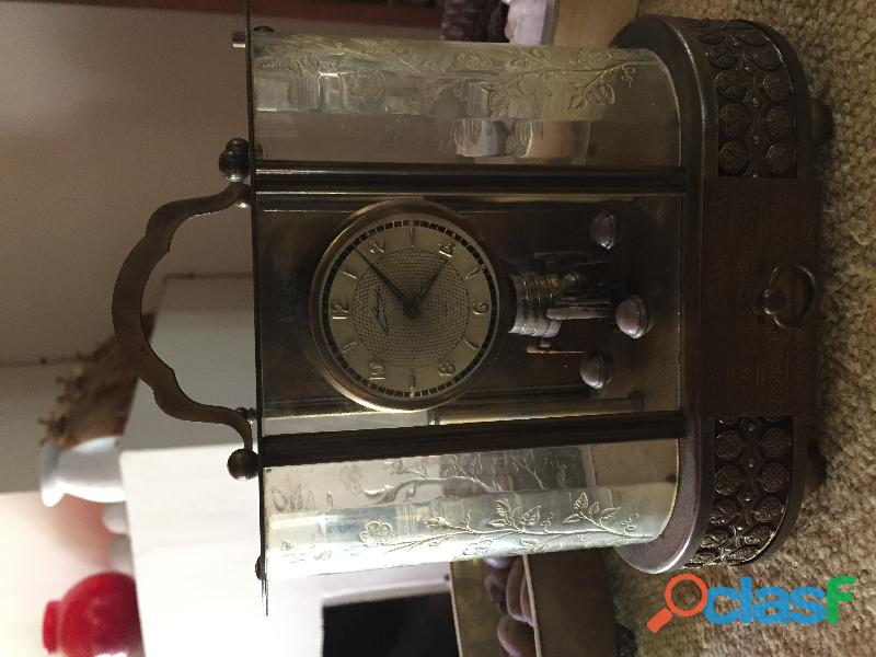 Antiguo reloj alemán schmidt, de bronce, con cajita musical
