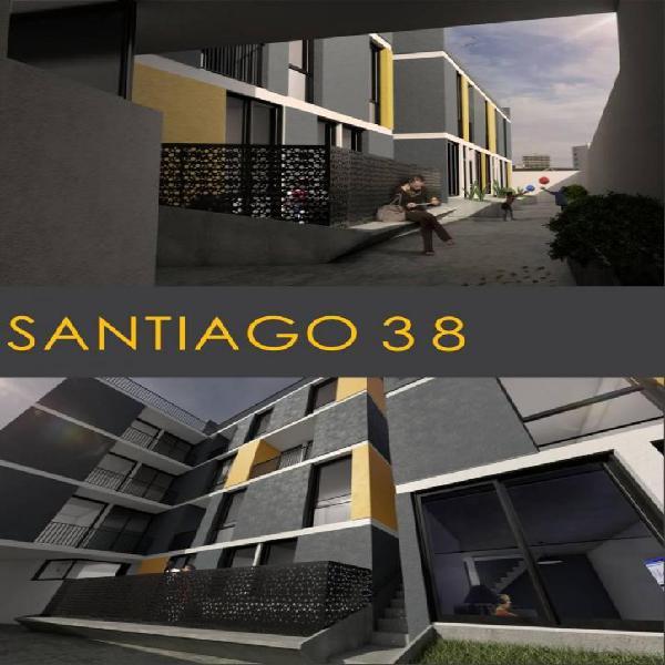 Edificio de planta baja y 3 pisos con escalera