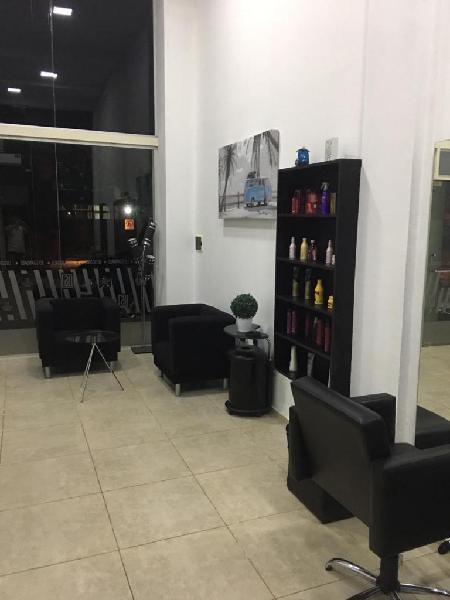 Fondo de comercio peluqueria unisex centrica