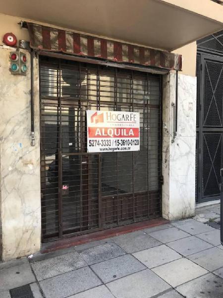 Local comercial en vía publica a mts de av. rivadavia.