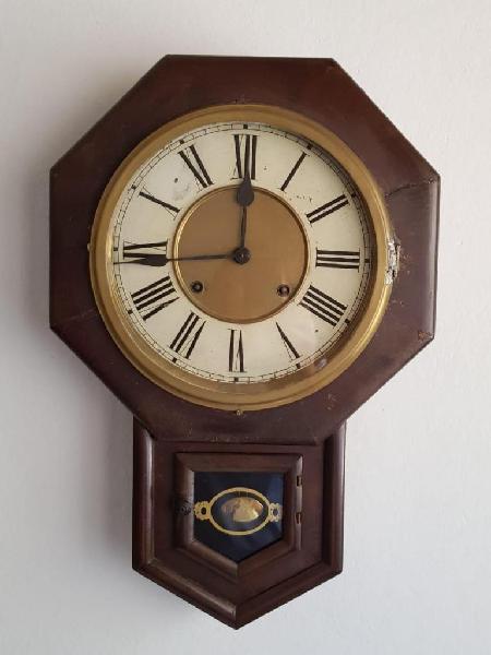 Reloj de pared medio carrillon