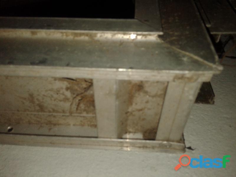 Ventanas aluminio con vidrio cerramiento de mostrador
