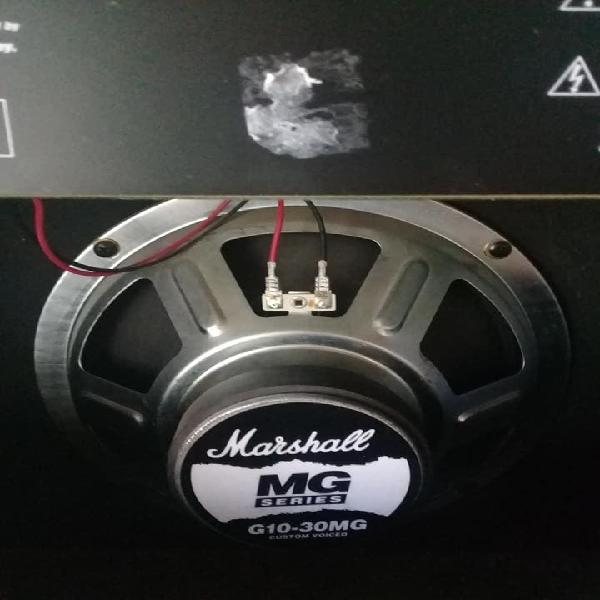 Vendo amplificador marshall mg 30dfx !!!