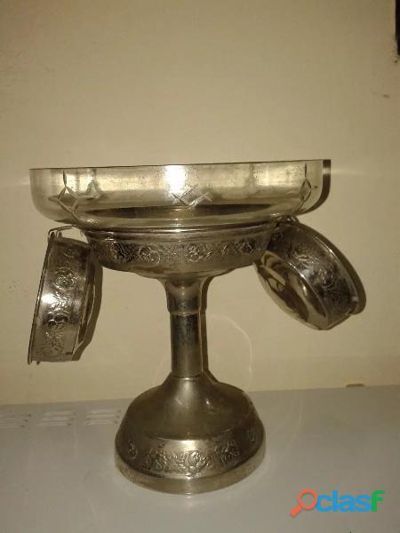 Centro de mesa metal forma original, +2 compoteras unica