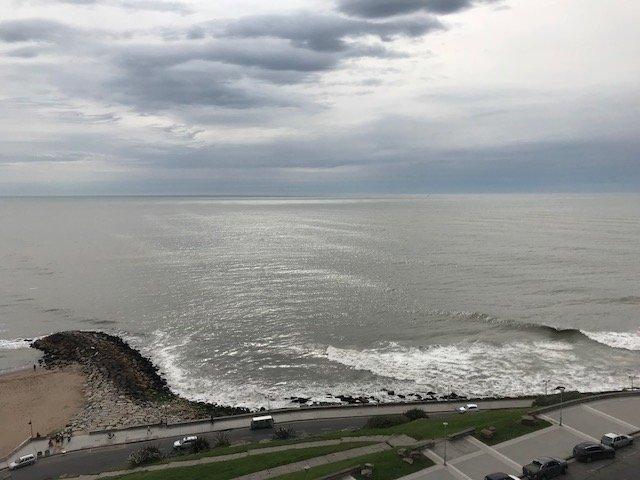 Semipiso 3 ambientes frente al mar