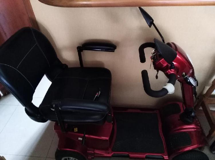 Scooter sólo 3meses uso, marca libercar,