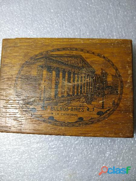 Antigua caja de madera la catedral caja 8,5x11,5x2 perfecta