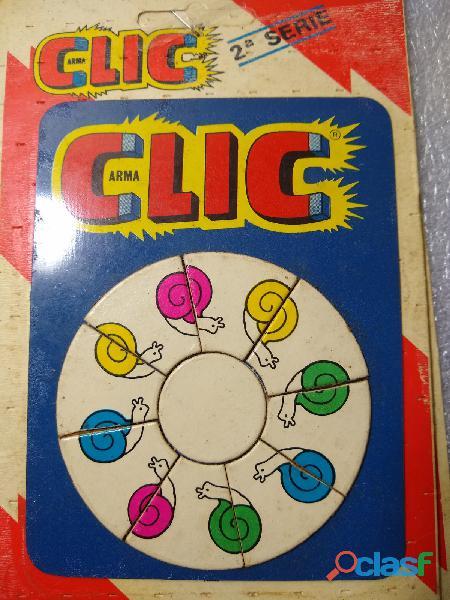 Rompecabeza clic 2 juegos+1 regalo falta 1 pieza(12 piezas imantadas) clic usado