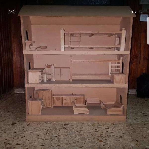 Casa de muñecas madera con muebles