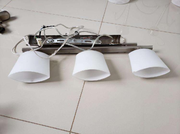 Lámpara de techo, colgante, tres luces, acero inoxidable
