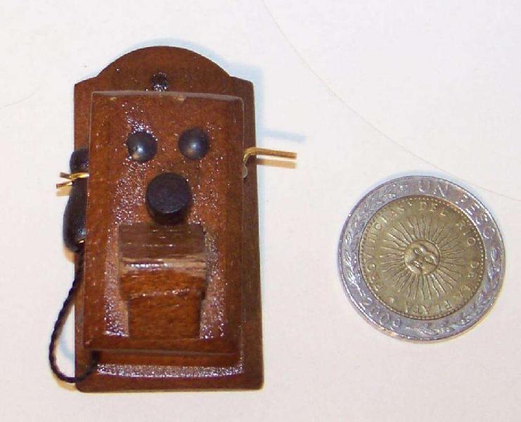 Casa de muñecas telefono antiguo miniatura escala 1:12