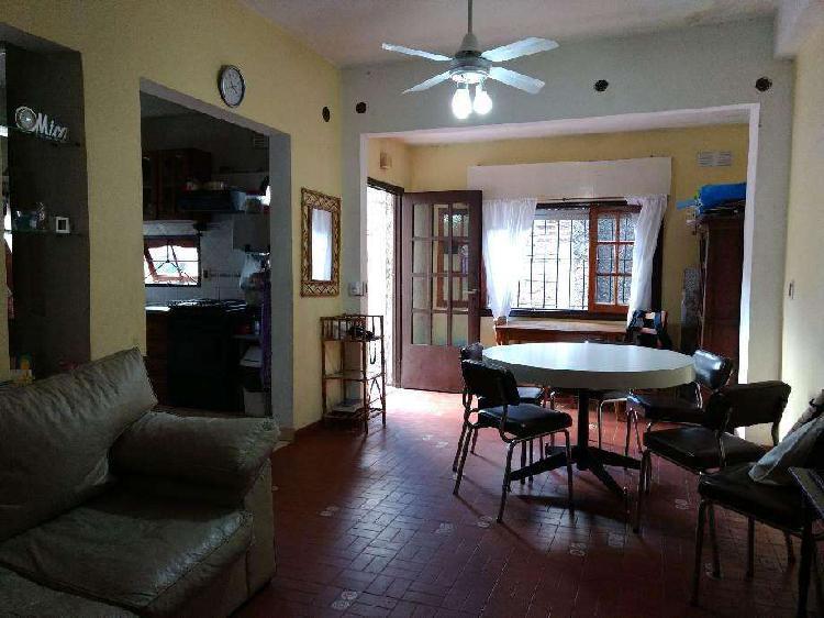 Departamento tipo casa en venta en villa lynch