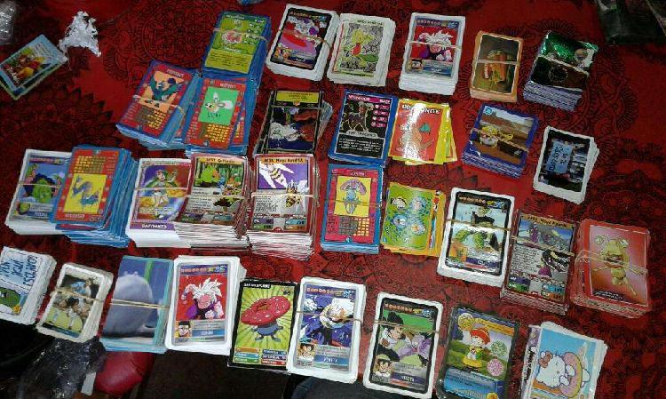 Lote de figuritas y cartas varias